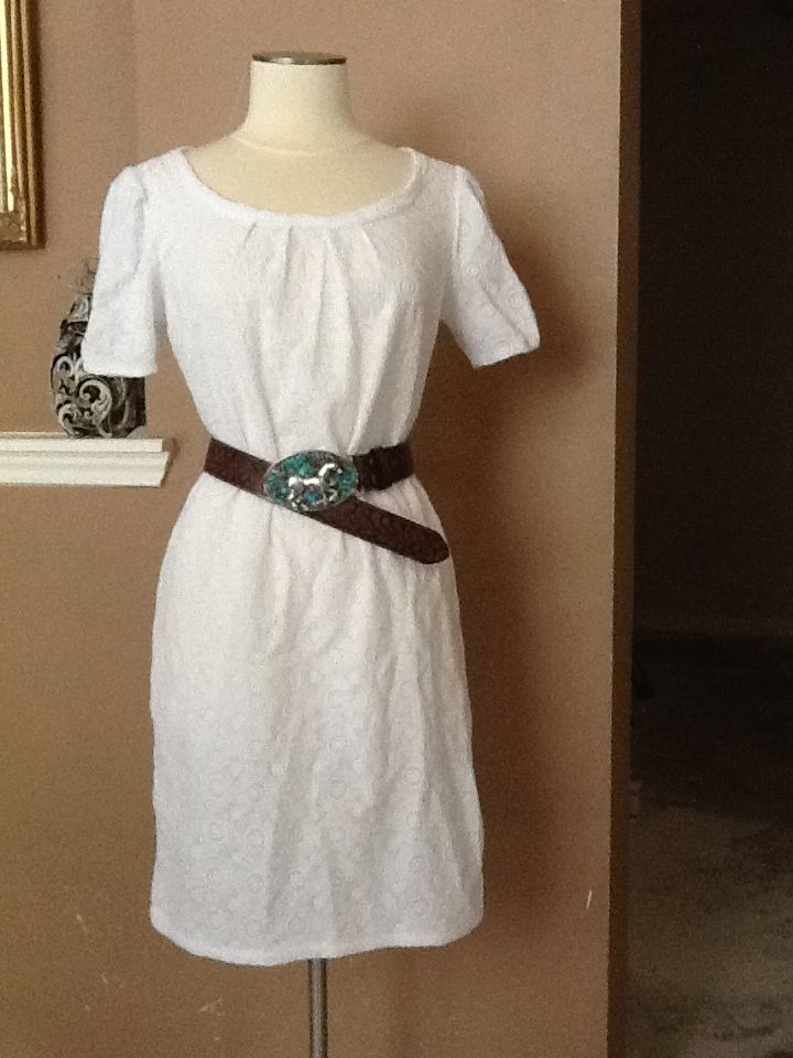turquoise belt buckle with a white dress belt buckle