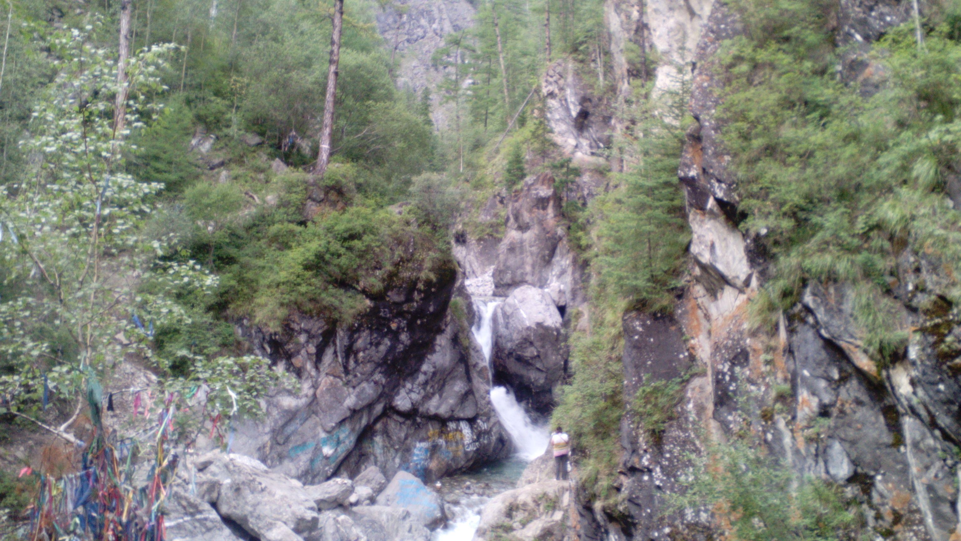 Водопад в Аршане. Фото из архива блога shveda.ru