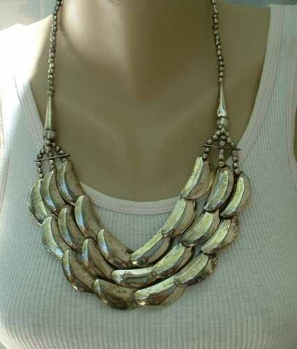 Triple Strand Silverplate Necklace Retro 3-D Crescents Vintage Jewelry