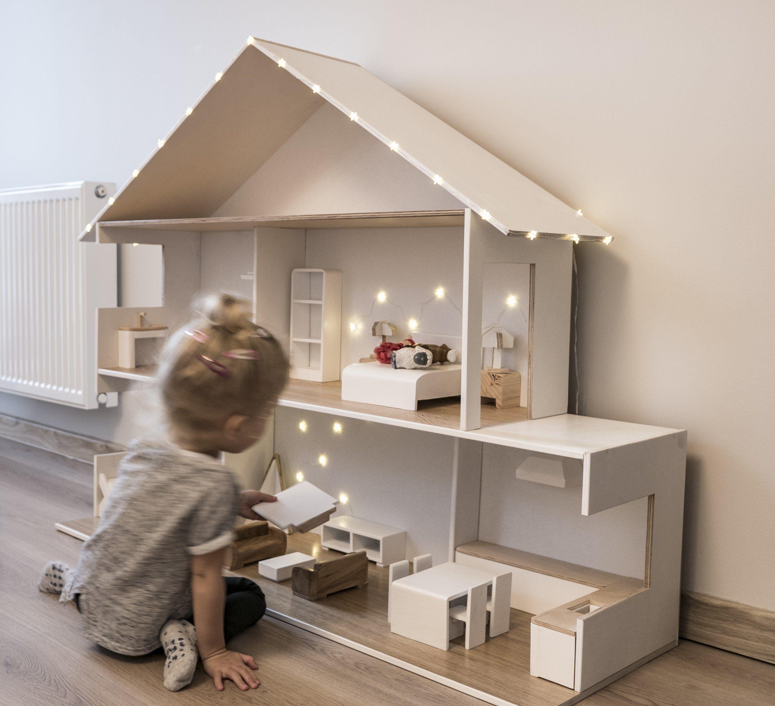 Drewniany Domek Dla Lalek Oświetlenie Mebelki 7088148612 Oficjalne Archiwum Allegro Doll House Plans Barbie Doll House Doll House