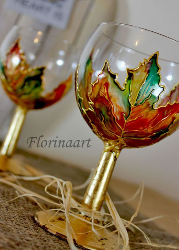 Hand Painted Autumn Leaves Big Love For These Hand Painted Wine Glasses Painted Wine Glasses Glass Painting Designs
