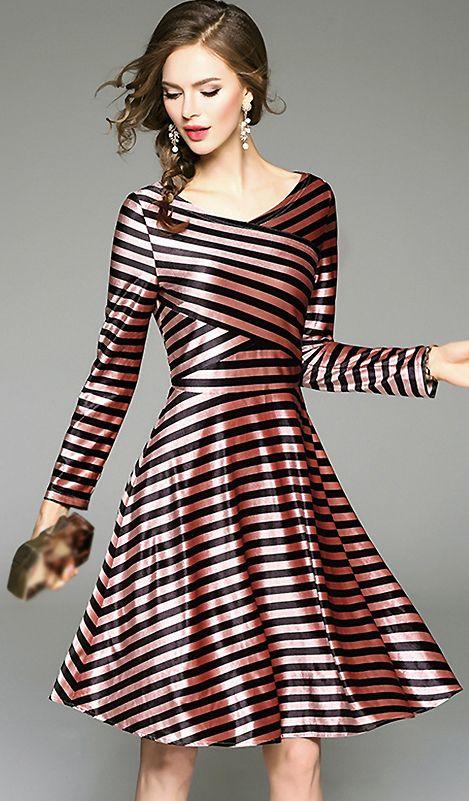 b45511e44d Chic V-Neck Long Sleeve Striped Skater Dress