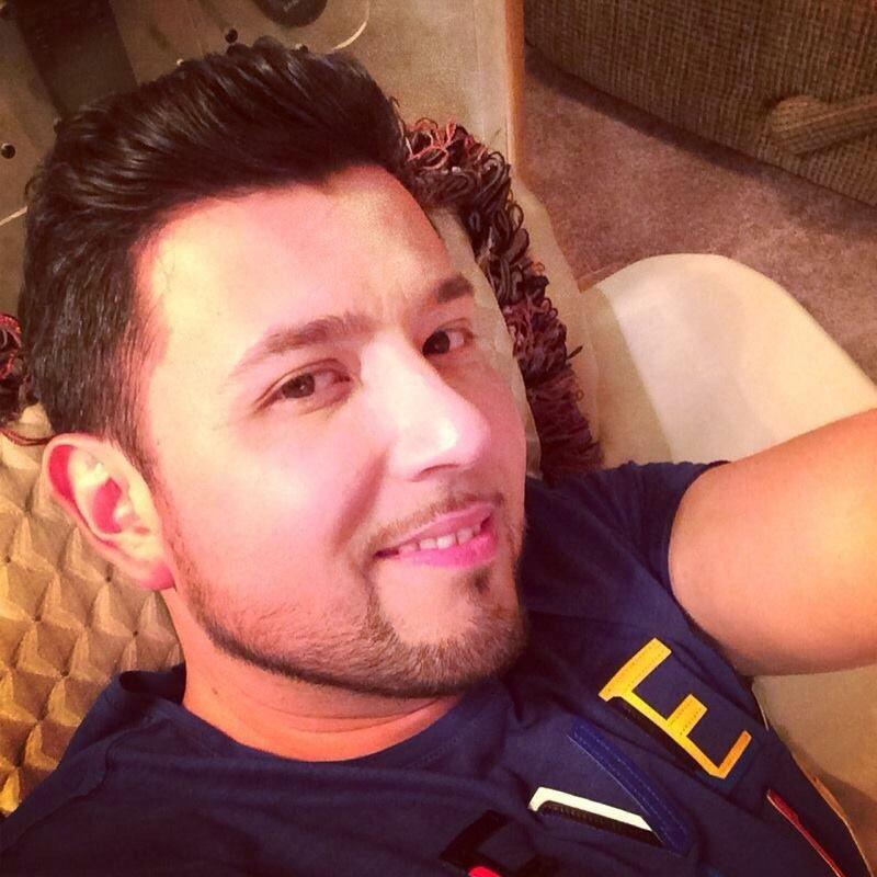 b452b91263 Shulada de hombre!!❤️Roberto Tapia