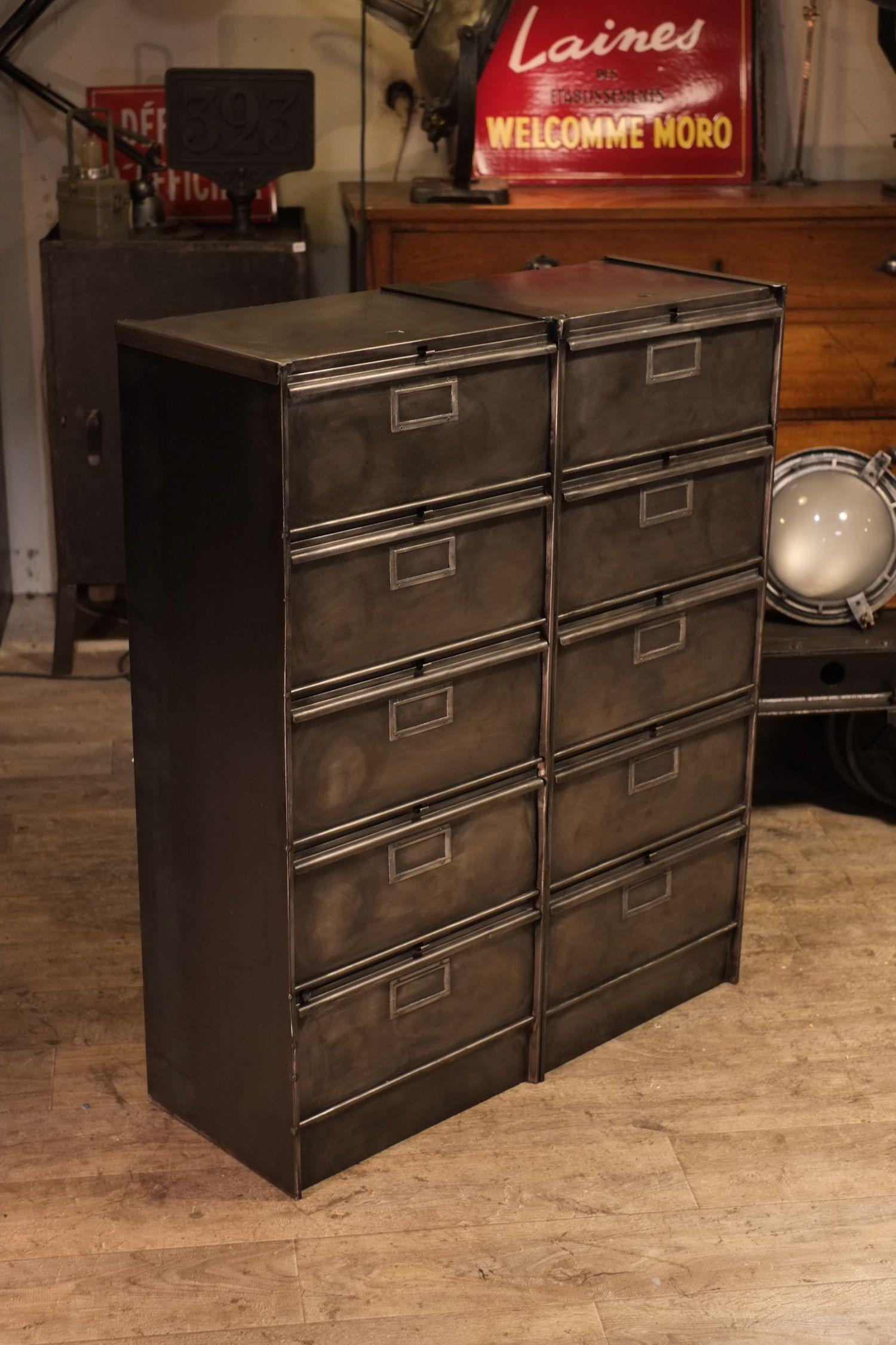 meuble de metier ancien meuble industriel vintage de. Black Bedroom Furniture Sets. Home Design Ideas