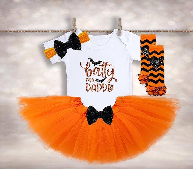 Batty for Daddy - Baby Girl Halloween - Newborn Halloween - 1st Halloween Costume - My 1st Halloween - Halloween Tutu Outfit #spookyoutfits