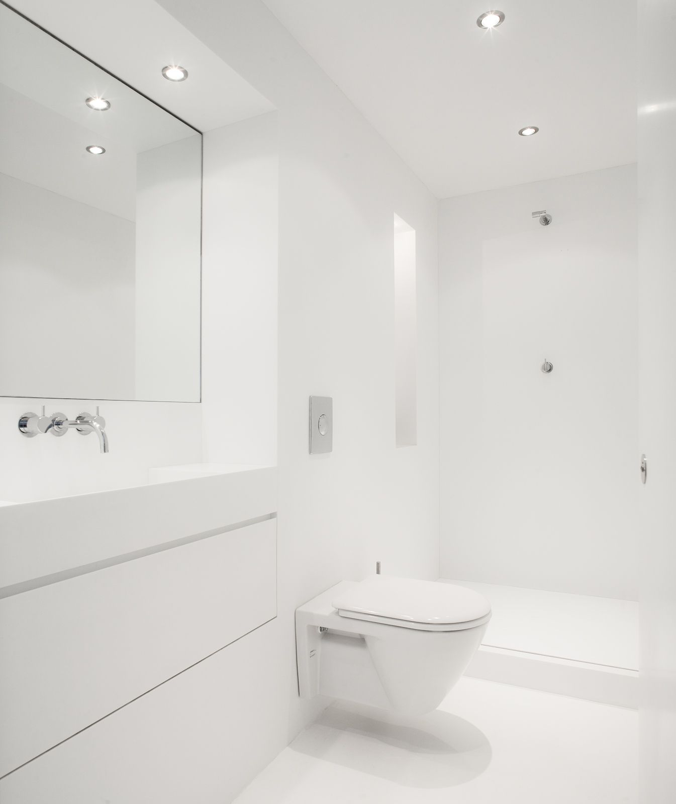 Corian Of Hi Macs Naadloze Badkamer Badkamer Pinterest White Bathrooms