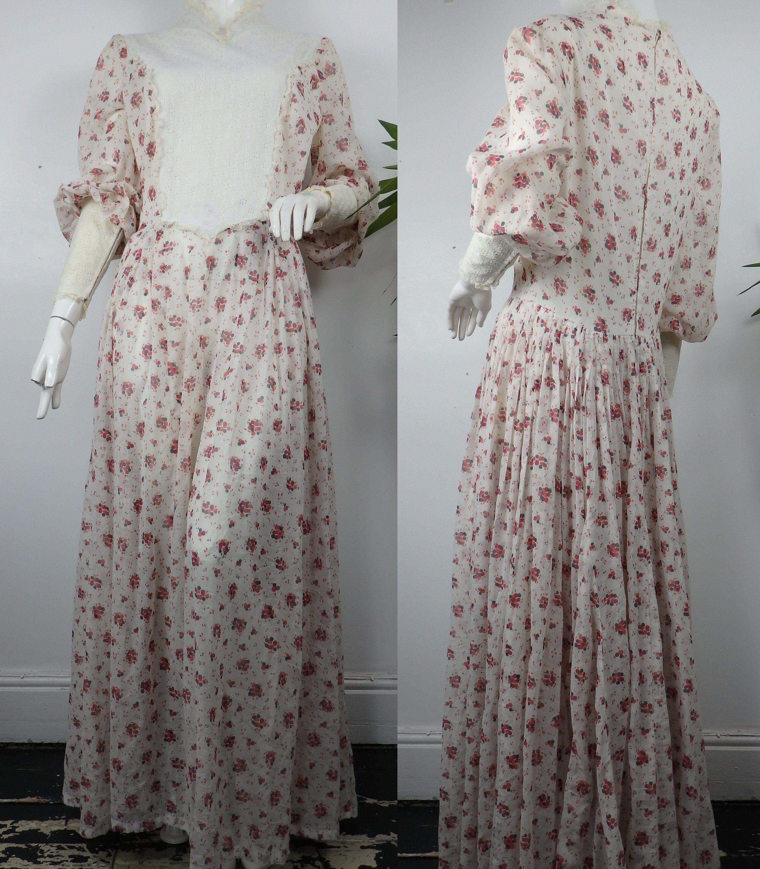 1960s Prairie Maxi Dress Vintage Prairie Dress Volup Etsy Vintage Dresses 1960s Vintage Prairie Dress Vintage Maxi Dress [ 3000 x 2625 Pixel ]