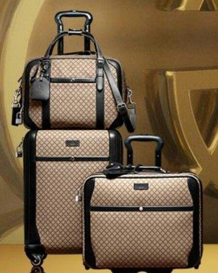 617c3f382a9 Luggage Gucci.