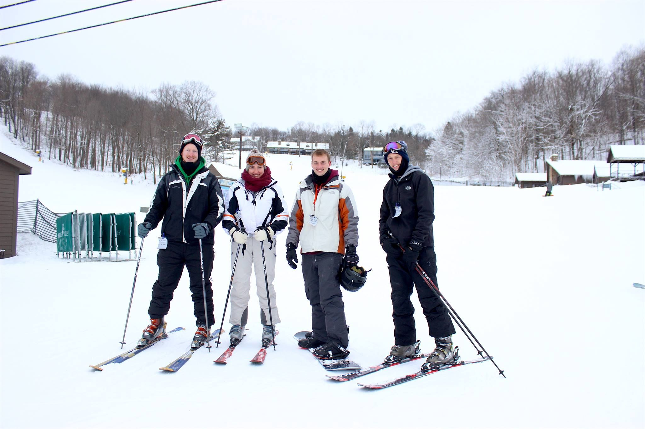 Golf Snow Sports Skiing Snowboarding Skiing