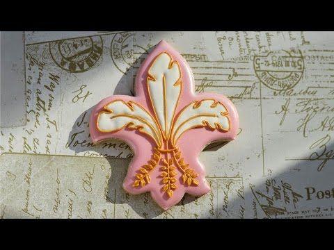 Fleurs de Lis Cookie - YouTube