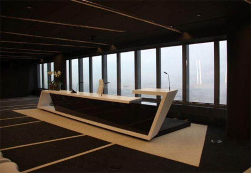 Office futuristic design pesquisa google office for Futuristic office desk