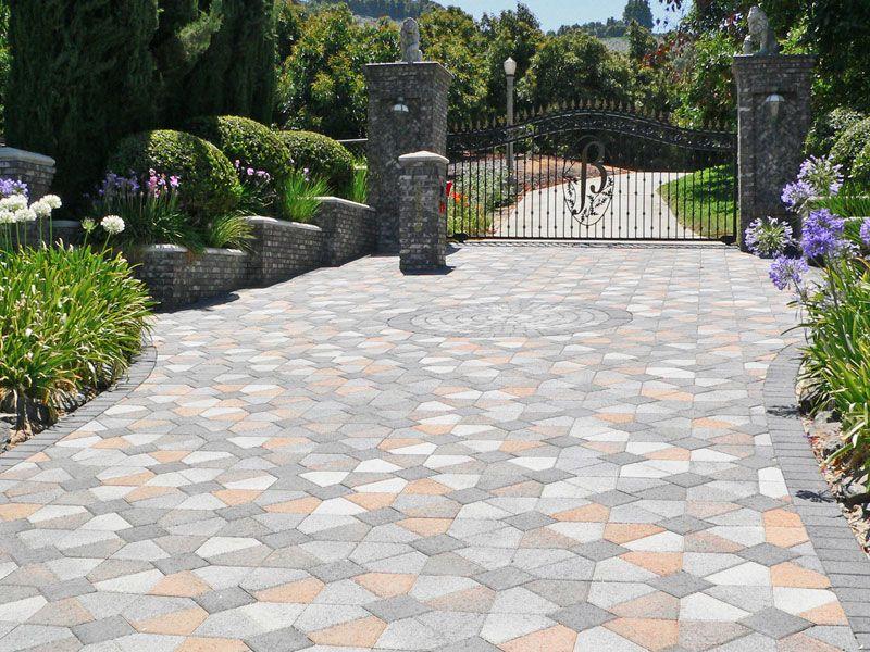 Beautiful Driveway Entrance Driveway Design Pavers Paver Driveway