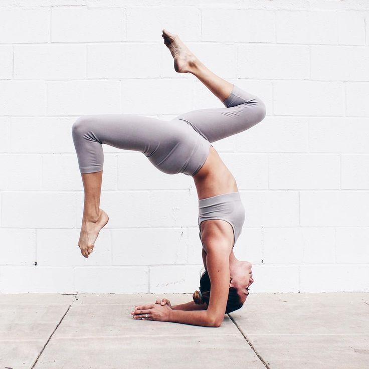 forearm stand | yoga #yogaypilates
