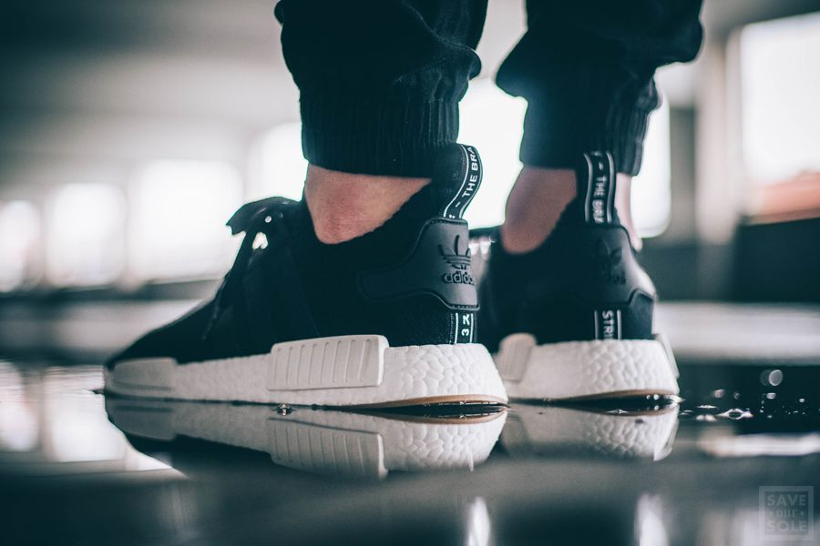 1a1046b00 Adidas NMD R1 PK - Black