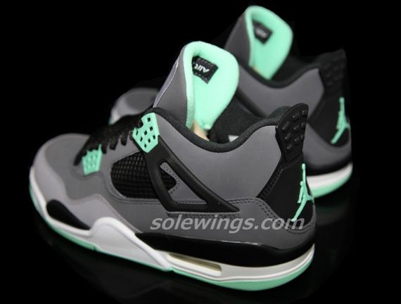 1782027a7343db Air Jordan Jordan 11 Low Green Snake Skin