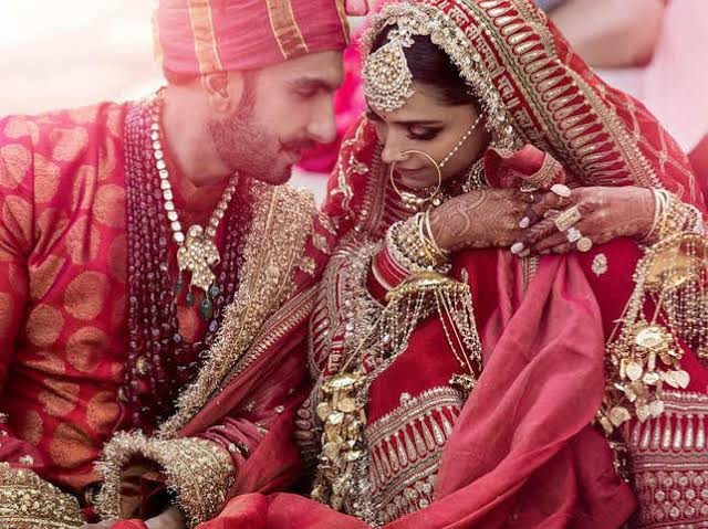 Deepika Padukone Opens Up On Making Adjustments After Marriage And Relationship With Husband Ranveer Singh In 2020 Deepika Ranveer Bollywood Wedding Bollywood Couples