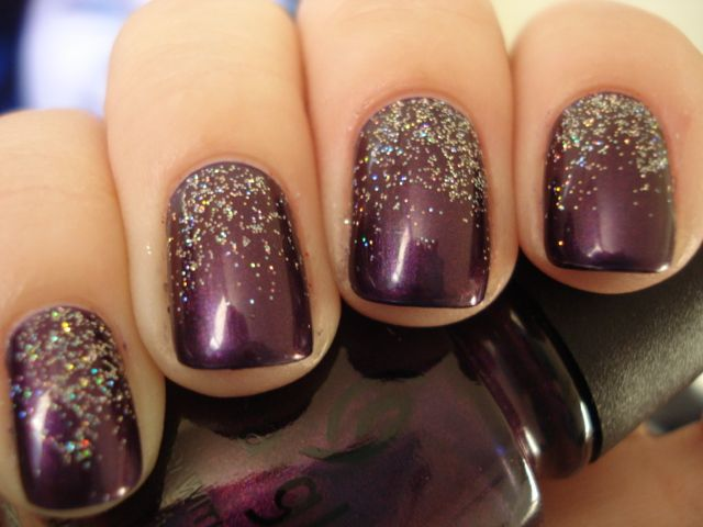 plum (purple) nails with fading sparkles