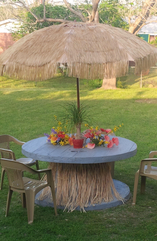 Wood Spool To Tiki Table Pallet Patio Furniture Diy Diy Patio