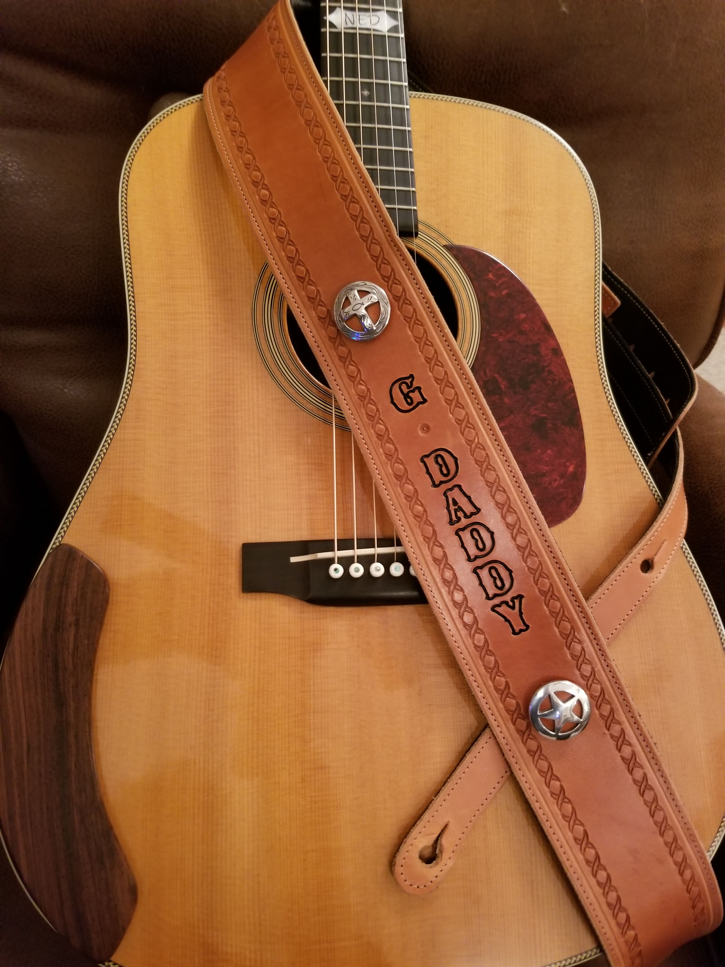 A Beautiful Customized Martin Hd 28 Guitar Owned By Mike In Maryland Usa Displaying One Of Our Handma Leather Guitar Straps Handmade Guitar Strap Guitar Strap