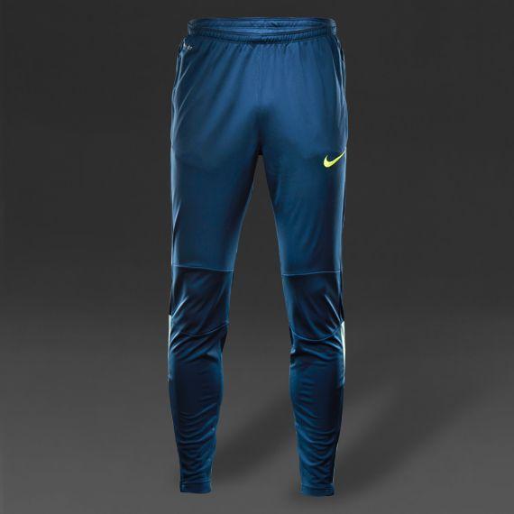 Nike Squad Tech