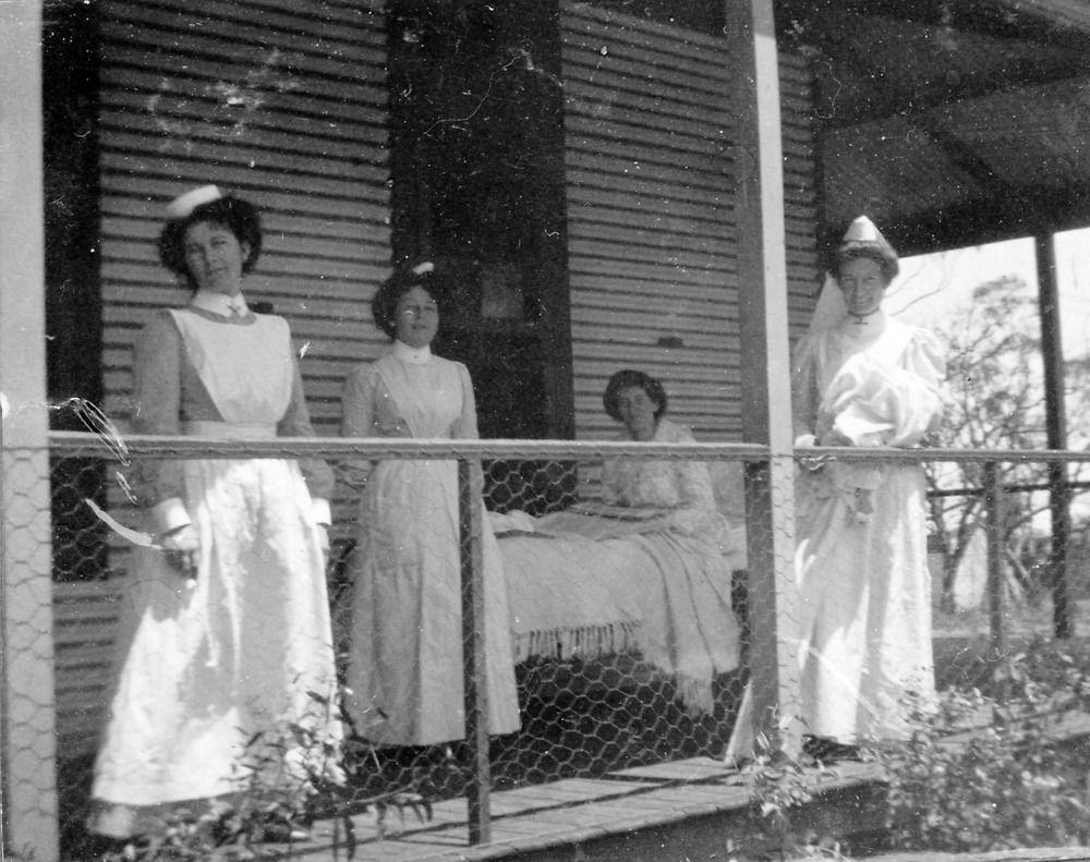 Coolgardie nurses qarters Western Australia Vintage
