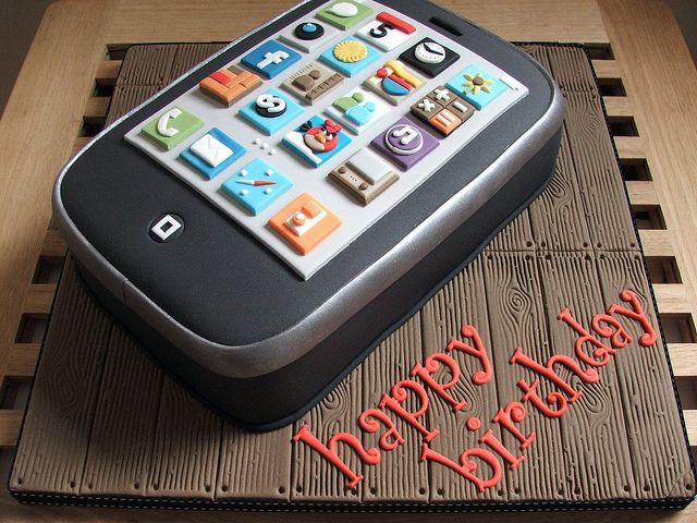 iPhone birthday cake 21st birthday cakes Birthday cakes and 21st