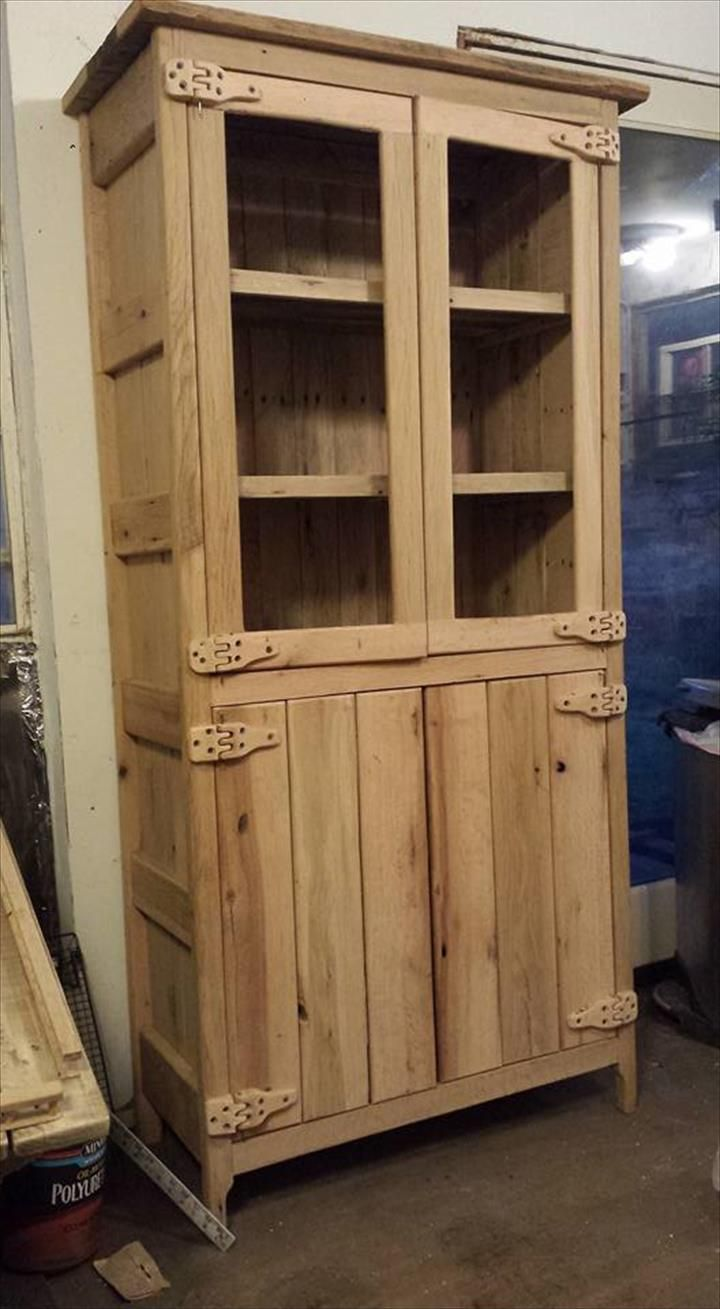 Cupboards Made From Pallets Pallet Wood China Cabinet Pinteres