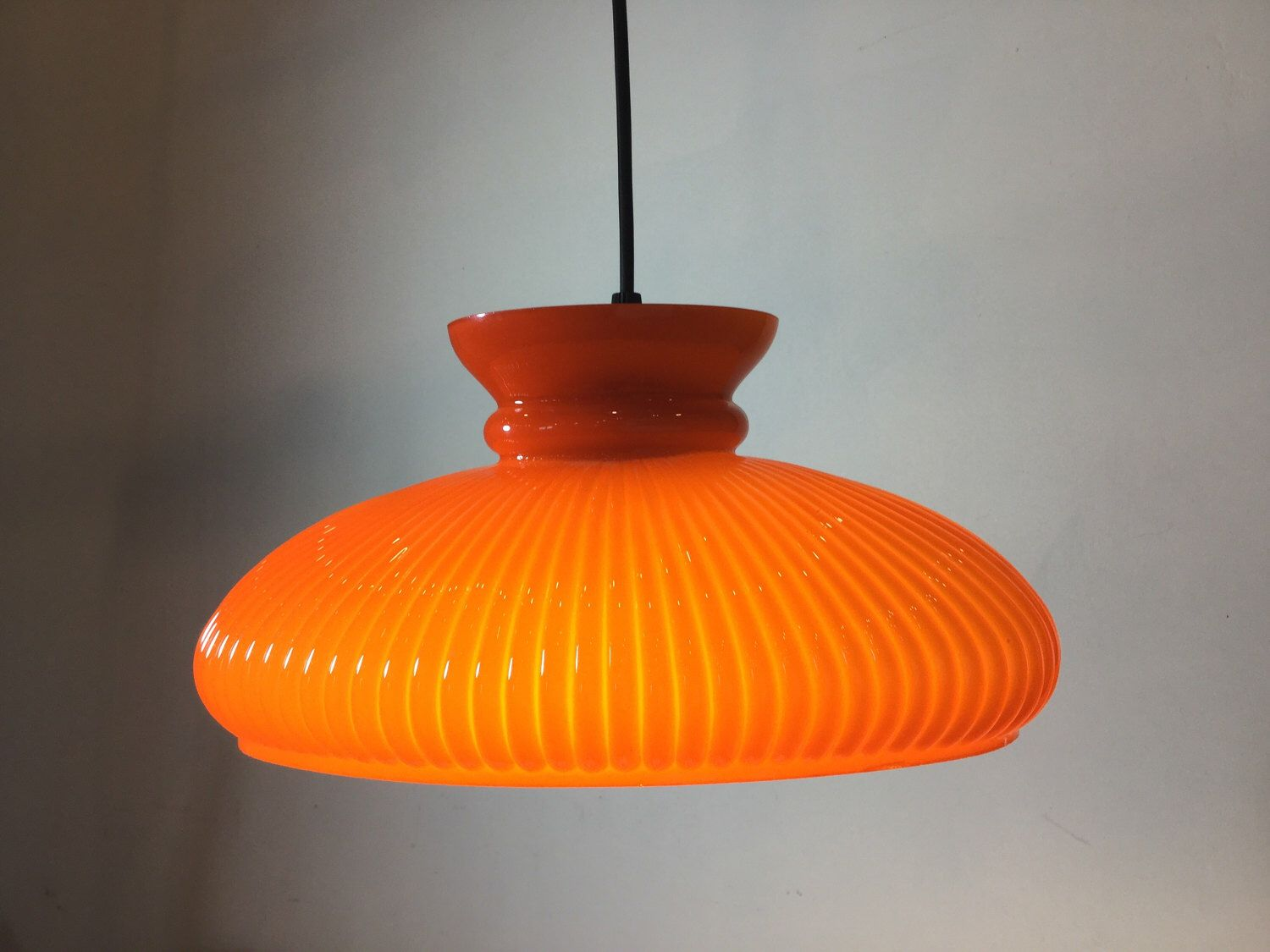 Vintage French 60s BRIGHT ORANGE Oval Retro Glass Lamp Shade Lampshade Light  Pendant Fitting. Absolutely Stunning Colour And Excellent Cond
