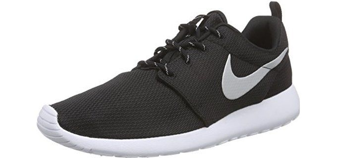 nike womens roshe run black/white/mtlc platinum