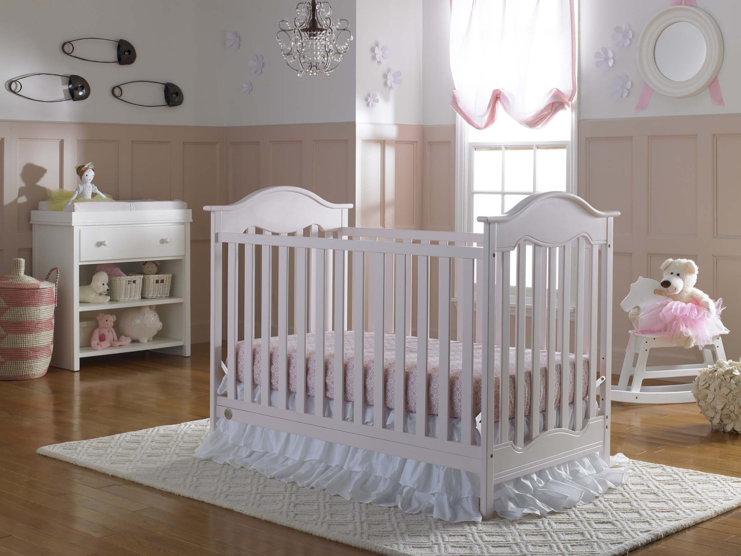 The Fisher Price Charlotte Crib In Blush Coordinated With The Snow
