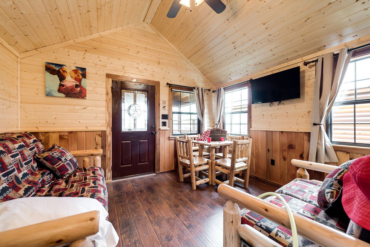 Delicieux Family Cabins (one Bedroom)   North Texas Jellystone Park™