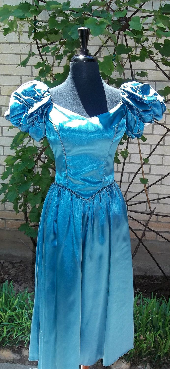 1970\'s Turquoise Prom Dress Gathered Puff Sleeves. $25.00, via Etsy ...