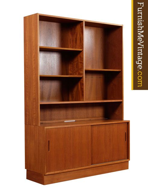 Vintage Danish Teak Bookcase And Credenza By Hundevad This Is A 2 Piece Unit Top Portion With Adjule Shelves