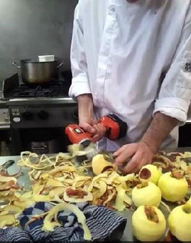 Chef secret revealed: he uses a 'power drill' to peel off the apples faster