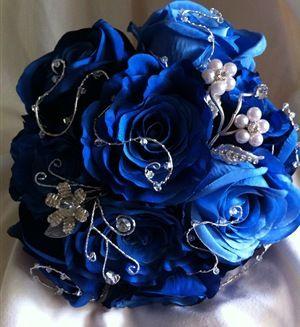 Royal Blue Bridal Bouquet - Diamonds Daisies (Superman)