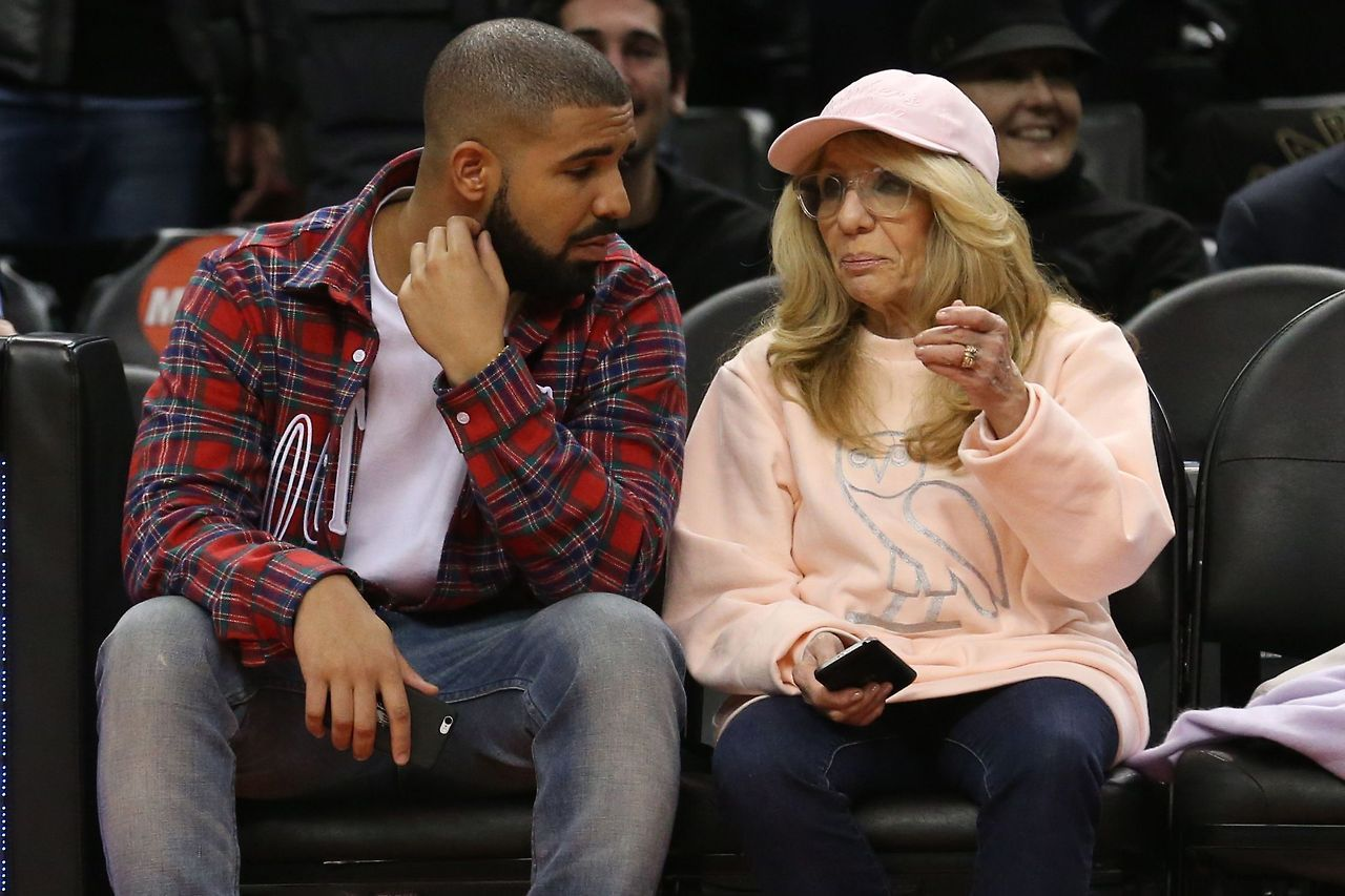 Drake Celebrated His Mom's Birthday With A Beautiful ...