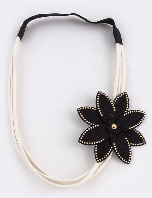{Accent Floral Ornate Stretch Headband}