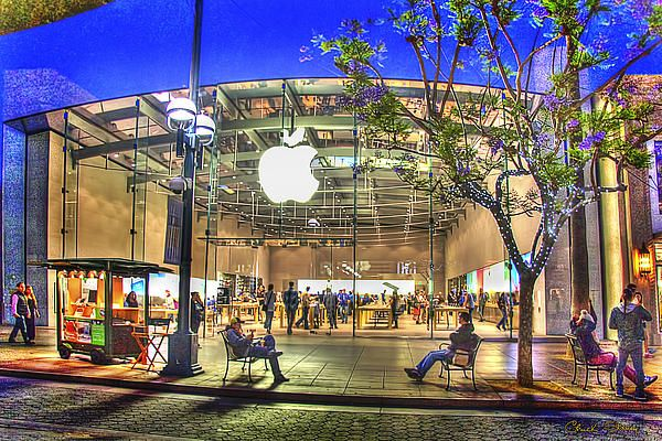 The Next Apple Store A Glass Roofed Beauty Apple Retail Store Apple Store Apple Store Design