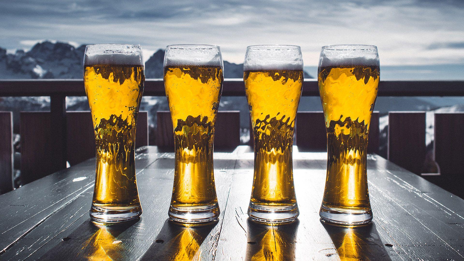 Arskogssandur Iceland Sit In Beer While Drinking Beer Home Brewing Beer Beer Benefits Beer Glasses