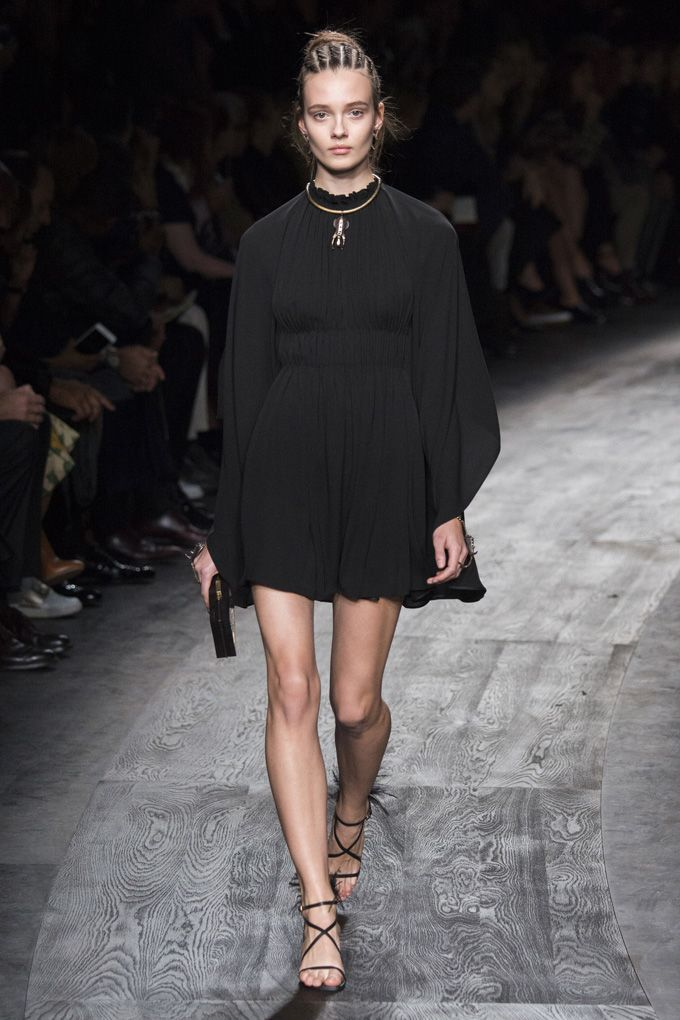 Неделя моды в Париже  Valentino весна-лето 2016 (Интернет-журнал ETODAY) 721b2a6d112