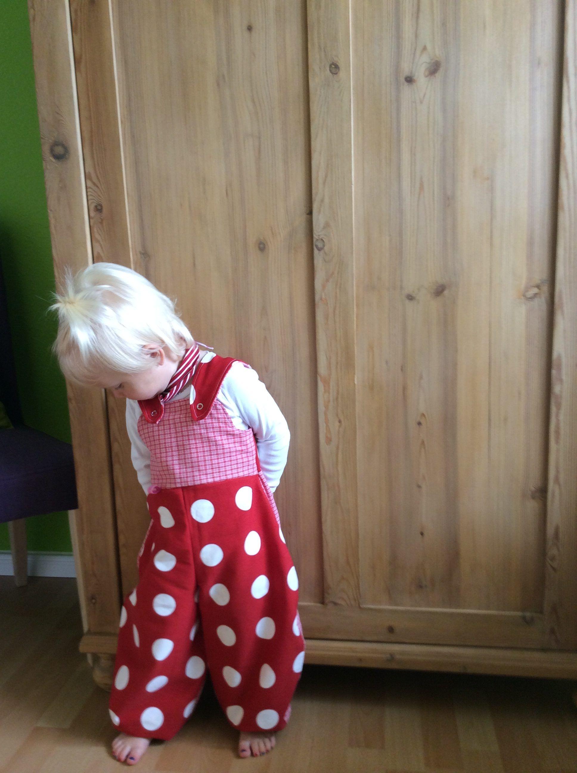 Pustebeinehose. Freebook von fraukaeferinnaeht   Dress Your Kid ...