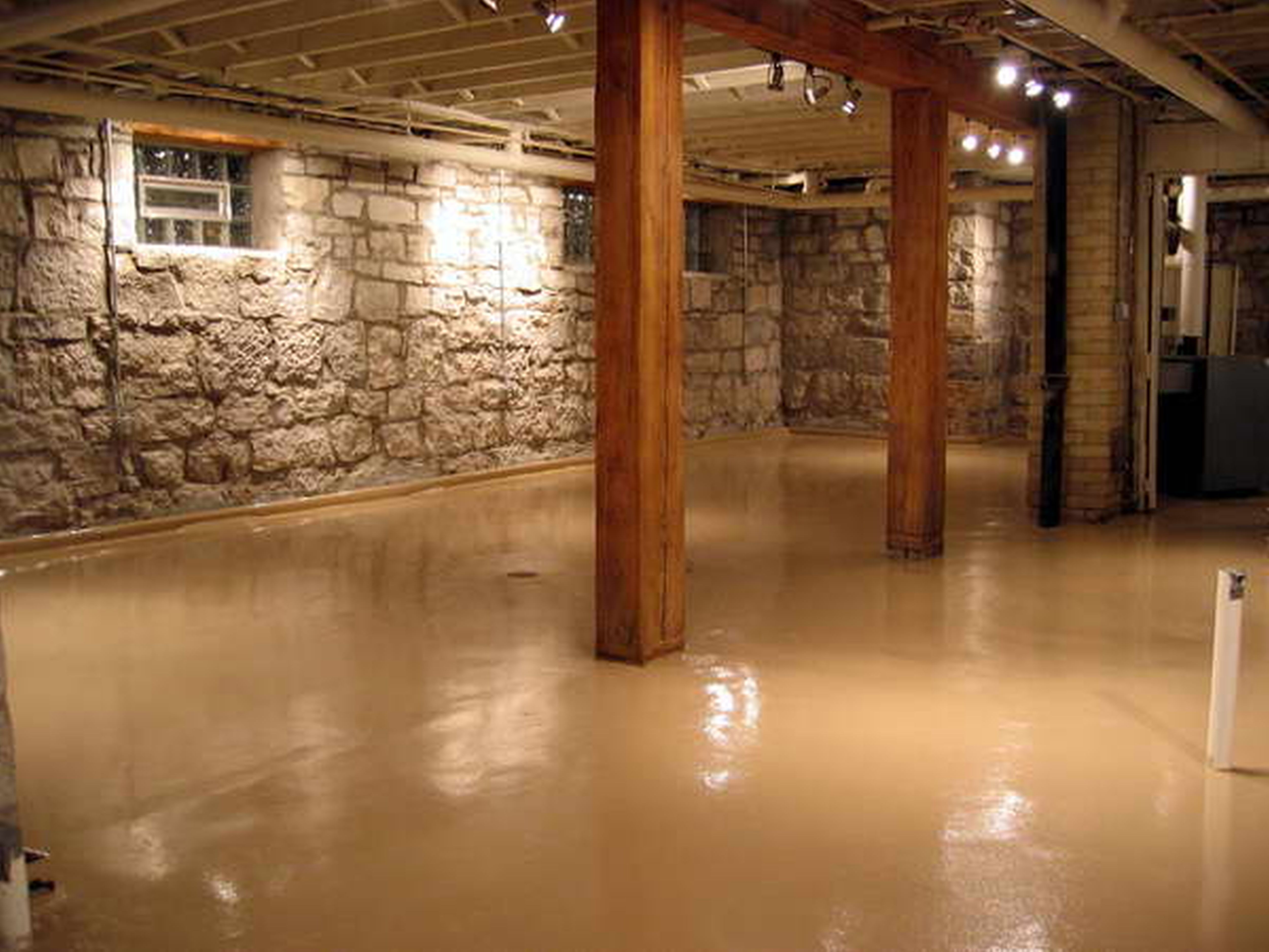 Unfinished basement ideas there are lots of homes which have a built in basement basement homedecor basementgymideassmall