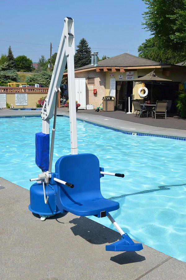 Aqua Creek Scout 2 Pool Lift Chair Adjustable Seat Pole And Lap Belt Lift Chairs Spa Pool In Ground Pools