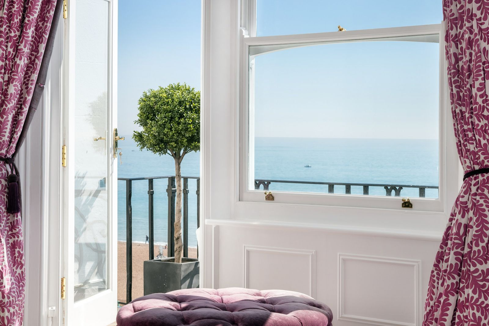 This Magnificent 10 Bedroom House In Brighton Is Now On The Market