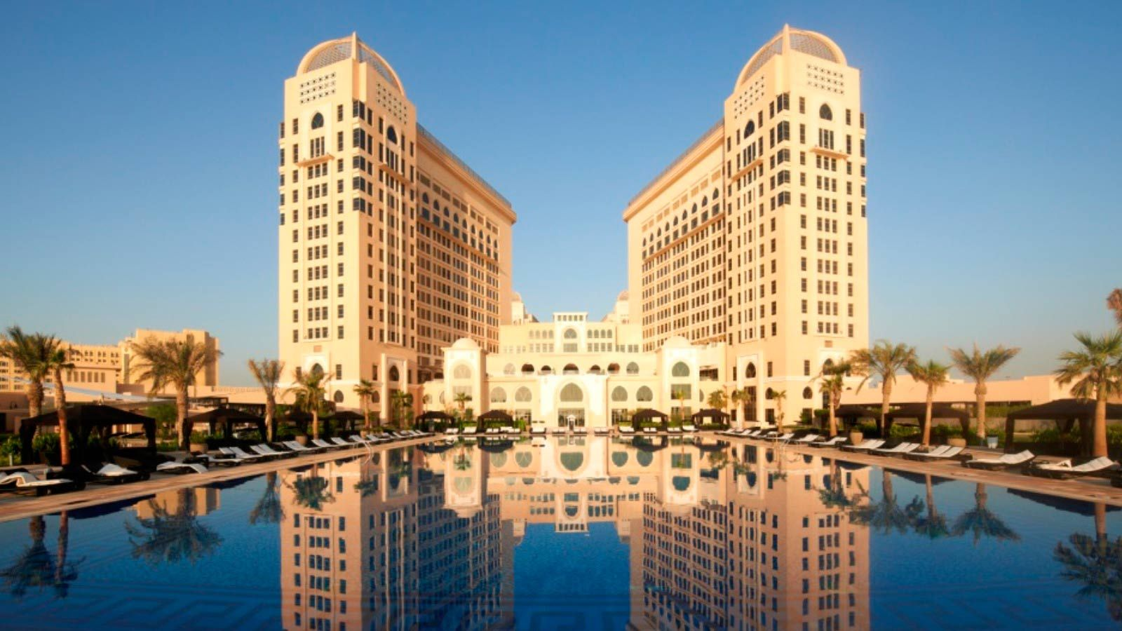 The St Regis Doha Offers Comfort And Convenience Whether You Re On Business Or Holiday In Offering A Variety Of Facilities Services Hotel