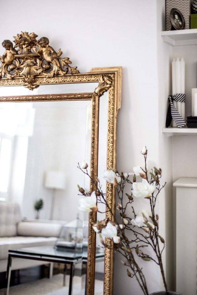 My 5 Best Vintage Finds And Tips What To Buy Very Detailed Vintage Golden Mirror Bluedecor Buy Decorboxes Finds Mir In 2020 Golden Decor Home Decor Decor