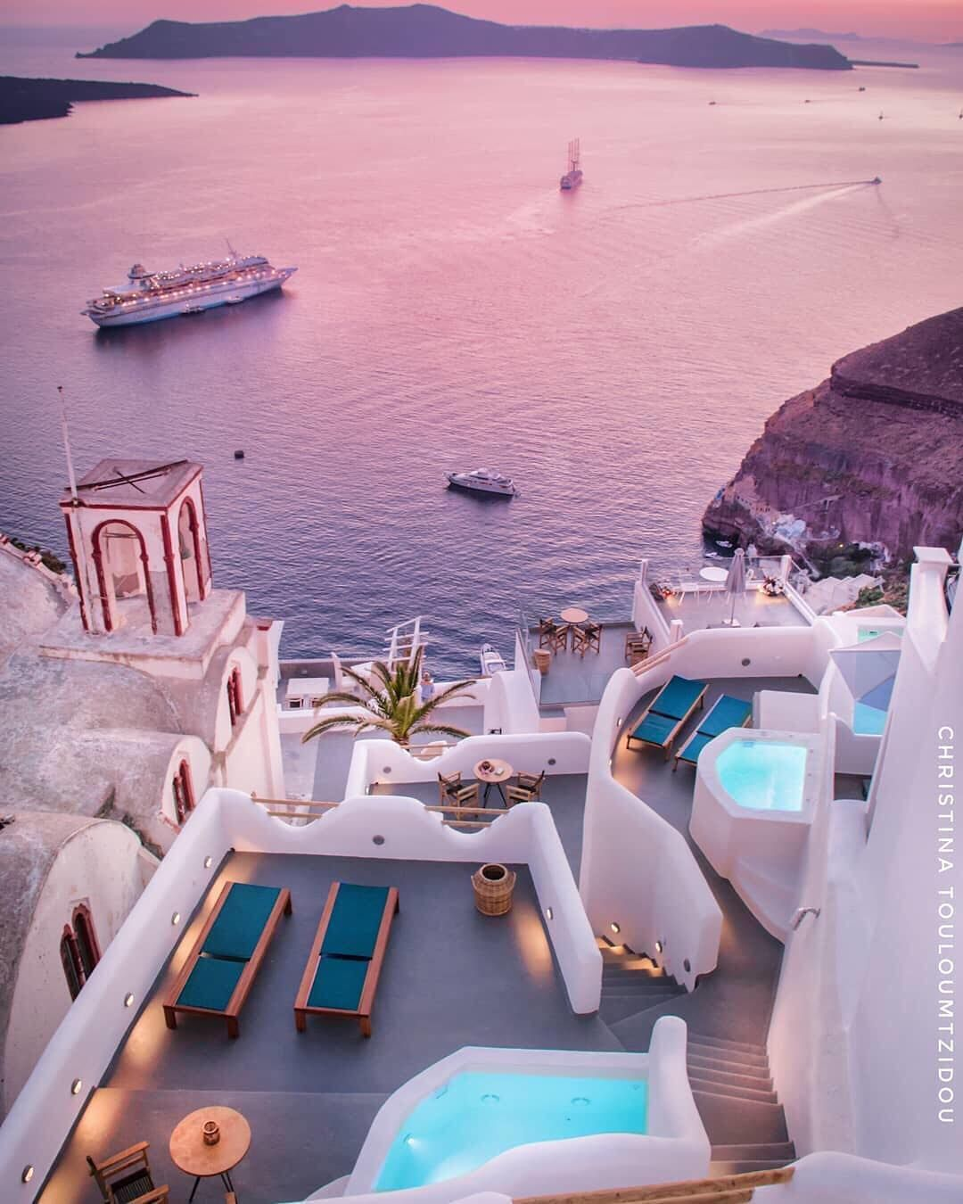 Air Bnb Belle Ile En Mer Pink Hues In Greece Beautiful Places In 2018 Pinterest