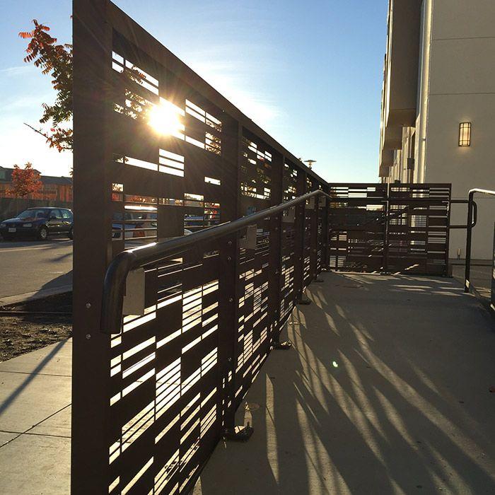 Modern Entrance Design With Decorative Aluminium Fence For: METAL GUARDRAIL SYSTEM_14 BOK MODERN