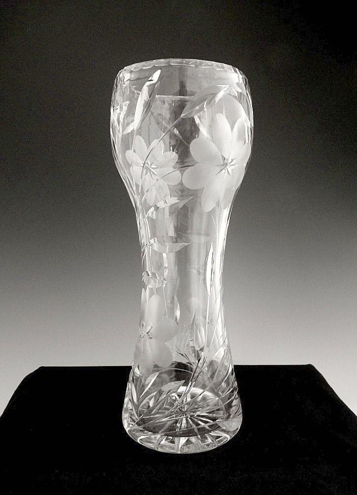 American Brilliant Cut Glass Corset Vase Cut Daisies Ca1910