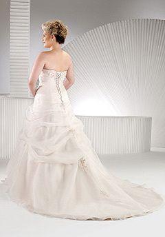 Back of my wedding dress.Beautiful, beautiful, beautiful....ahhhhhh